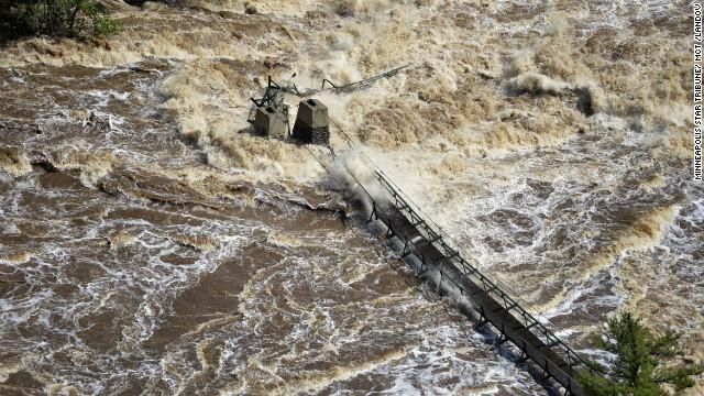 flooded-bridge